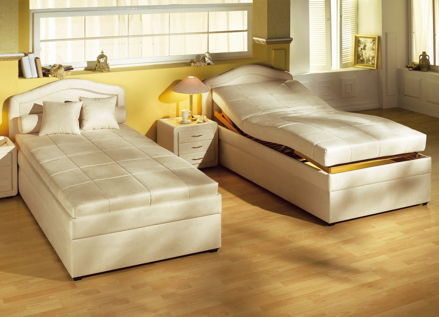 komfortbett in verschiedenen komfortablen ausf hrungen. Black Bedroom Furniture Sets. Home Design Ideas