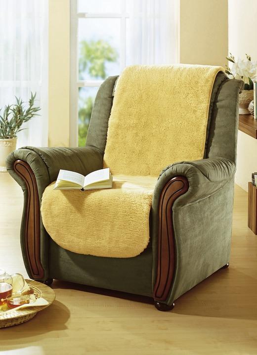 sesselschoner aus flauschig weichem lammfell sessel sofa berw rfe bader. Black Bedroom Furniture Sets. Home Design Ideas