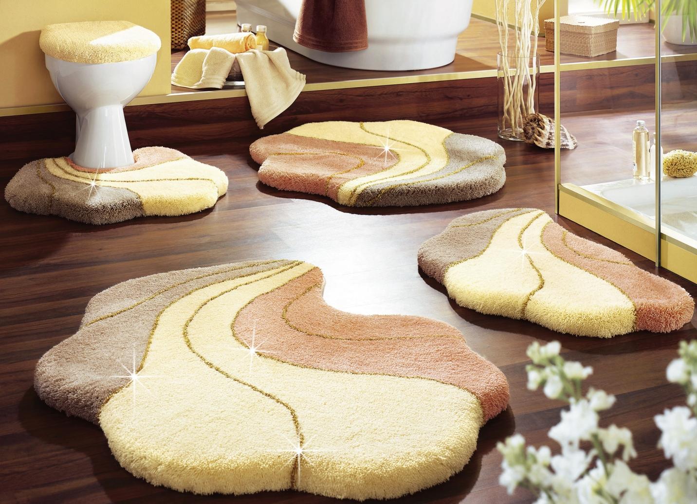grund badgarnitur in verschiedenen farben badteppiche bader. Black Bedroom Furniture Sets. Home Design Ideas