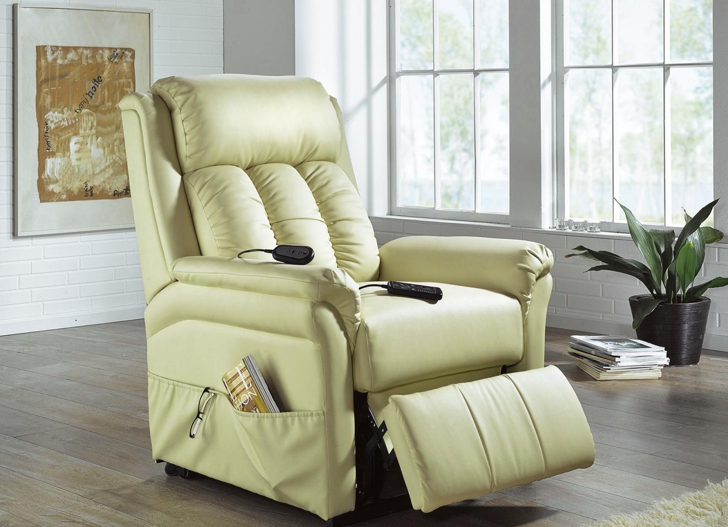 relax sessel in verschiedenen ausf hrungen polsterm bel bader. Black Bedroom Furniture Sets. Home Design Ideas