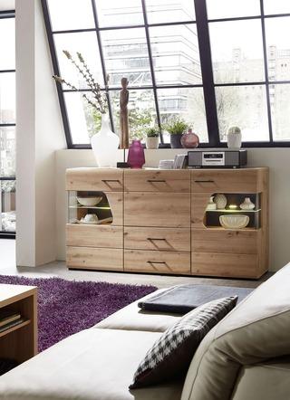 Fürs Wohnzimmer: stilvolle und zugleich praktische Sideboards