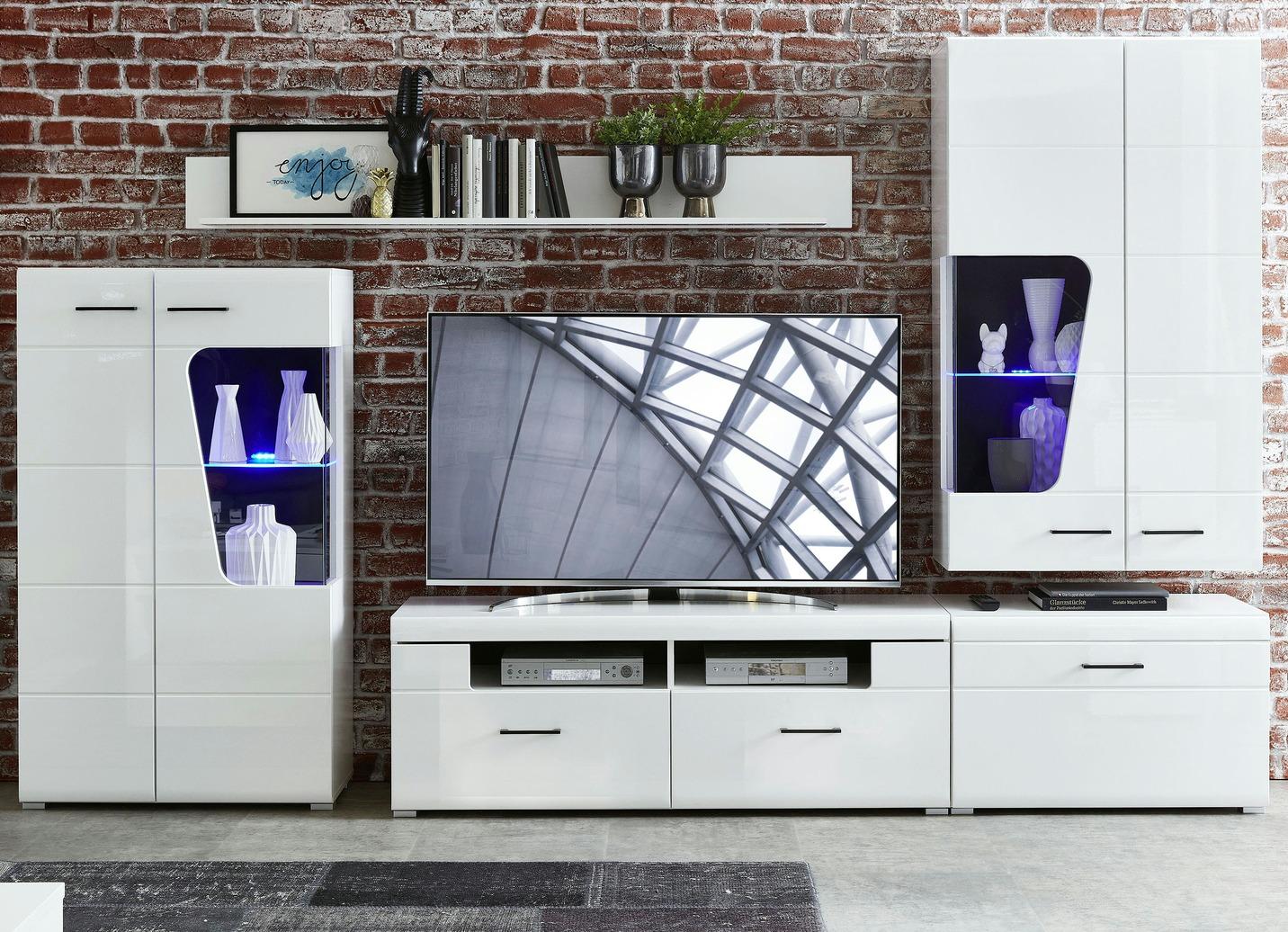 Hochwertige Wohnwand mit Softclose und LED Beleuchtung   Wohnwände   BADER