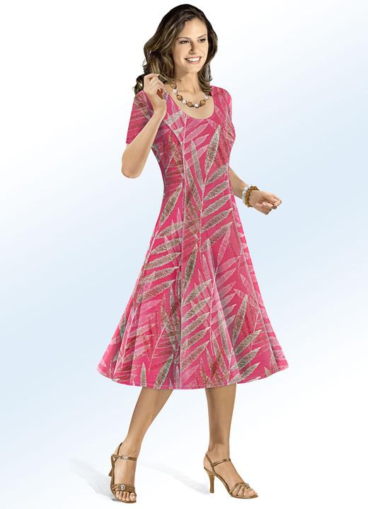 Kleid in schwingender Form - Mode aus Deutschland   BADER