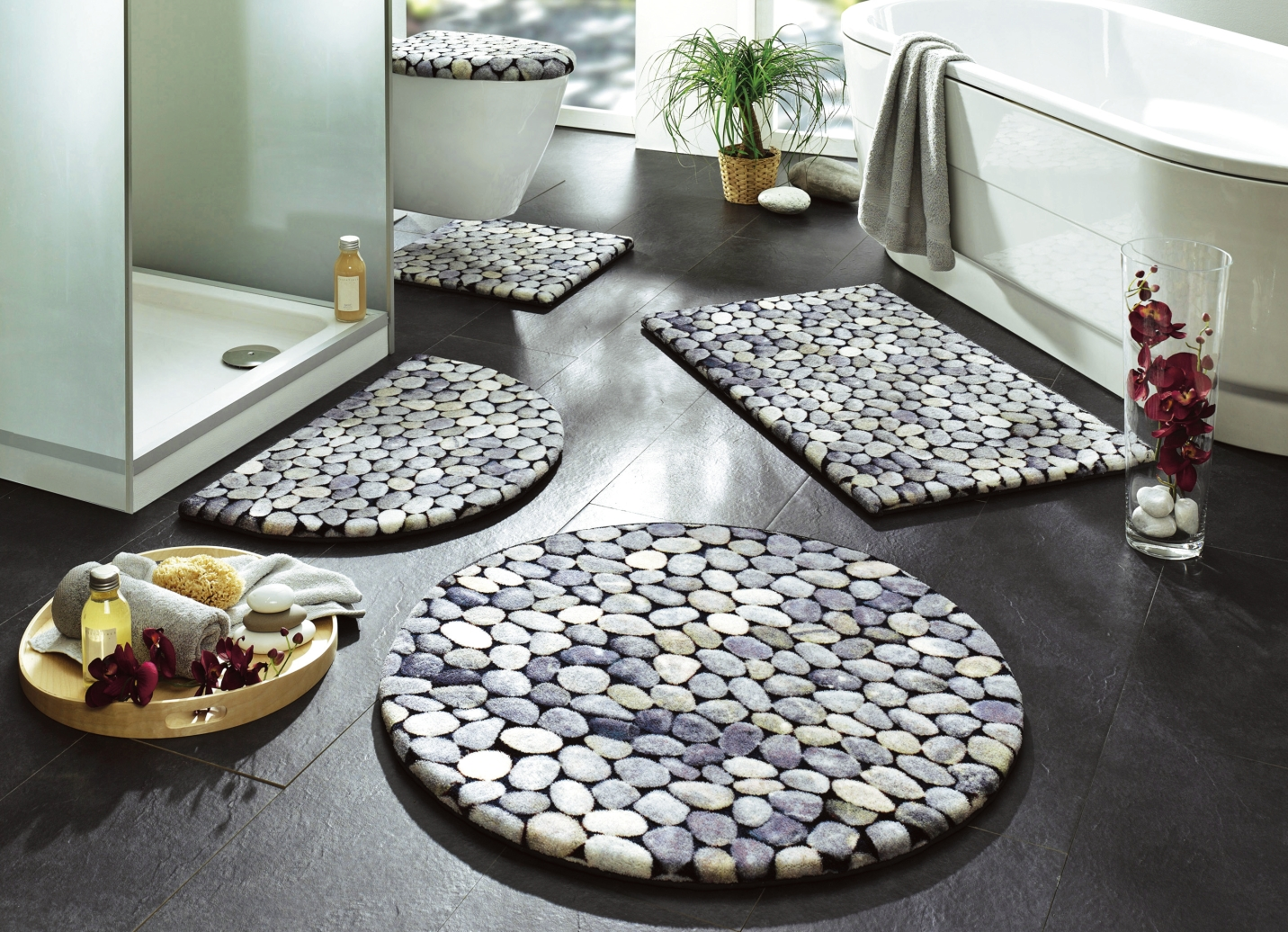 badgarnitur mit kieselstein motiv badgarnituren bader. Black Bedroom Furniture Sets. Home Design Ideas