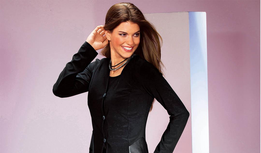 Attraktive Mode für Frauen im besten Alter