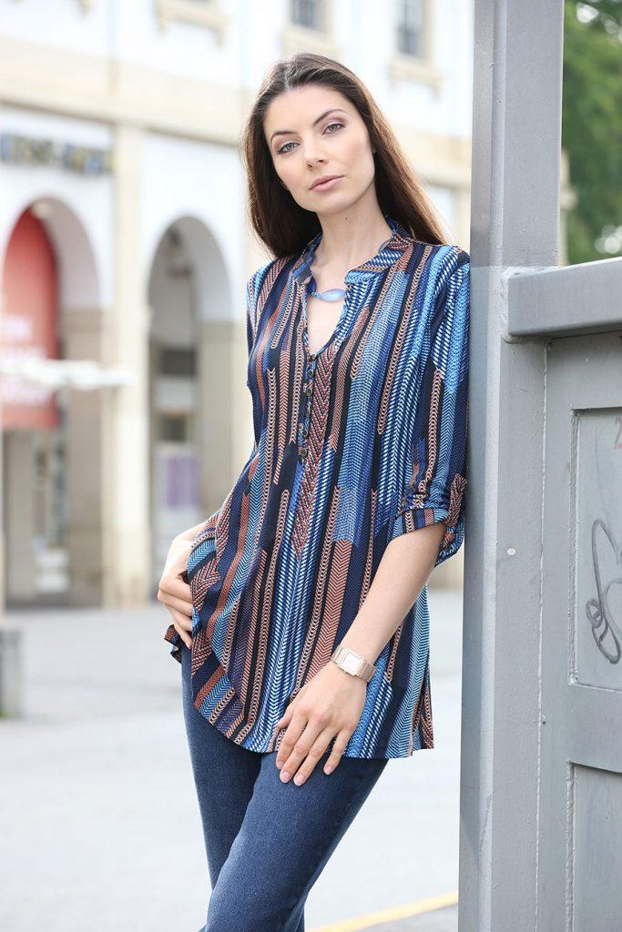 Fabelhafte Shirt-Tunika mit Stehkragen - Modetrends Herbst Winter 2017/18