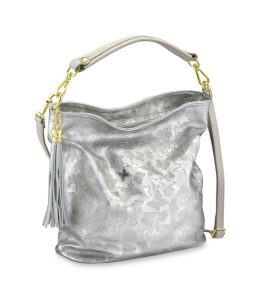 Topmodische Tasche aus fantasievoll geprägtem Kalb-Metallicleder - Modetrends Frühjahr 2019