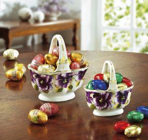 Porzellan-Körbchen - Rezepte zu Ostern