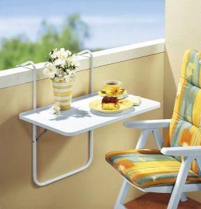 Balkon-Hängetisch - Gartenmöbel-Trends 2019