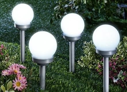solarleuchten für den garten – umweltfreundlicher lichterzauber, Garten Ideen